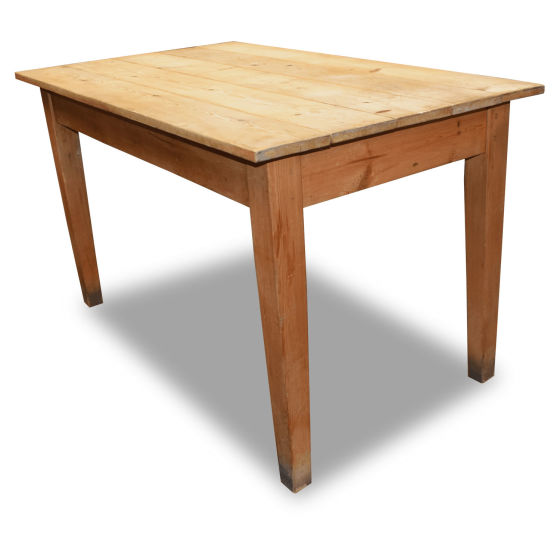 3x Lightwood Pine Tables